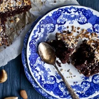 Gâteau au chocolat -vegan- et croquant noix & coco