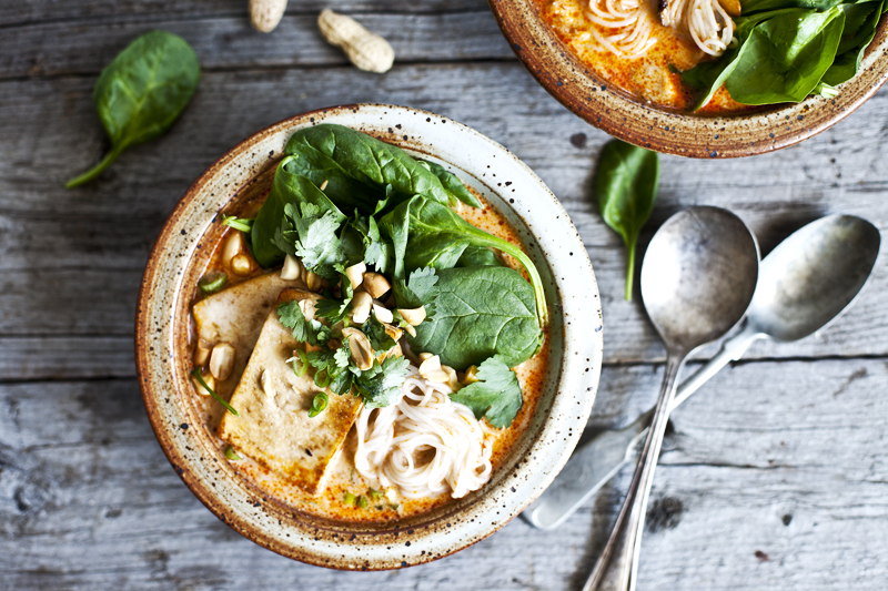 Soupe thai au lait de coco, shiitake & tofu1_©Emiliemurmure