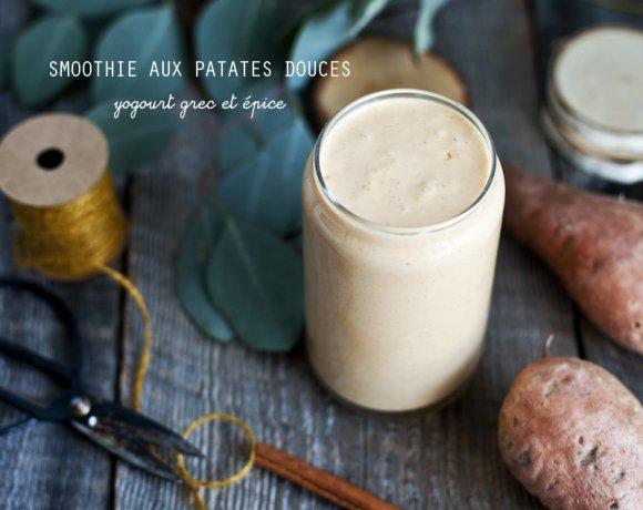 Smoothie à la patate douce, yogourt grec & épices