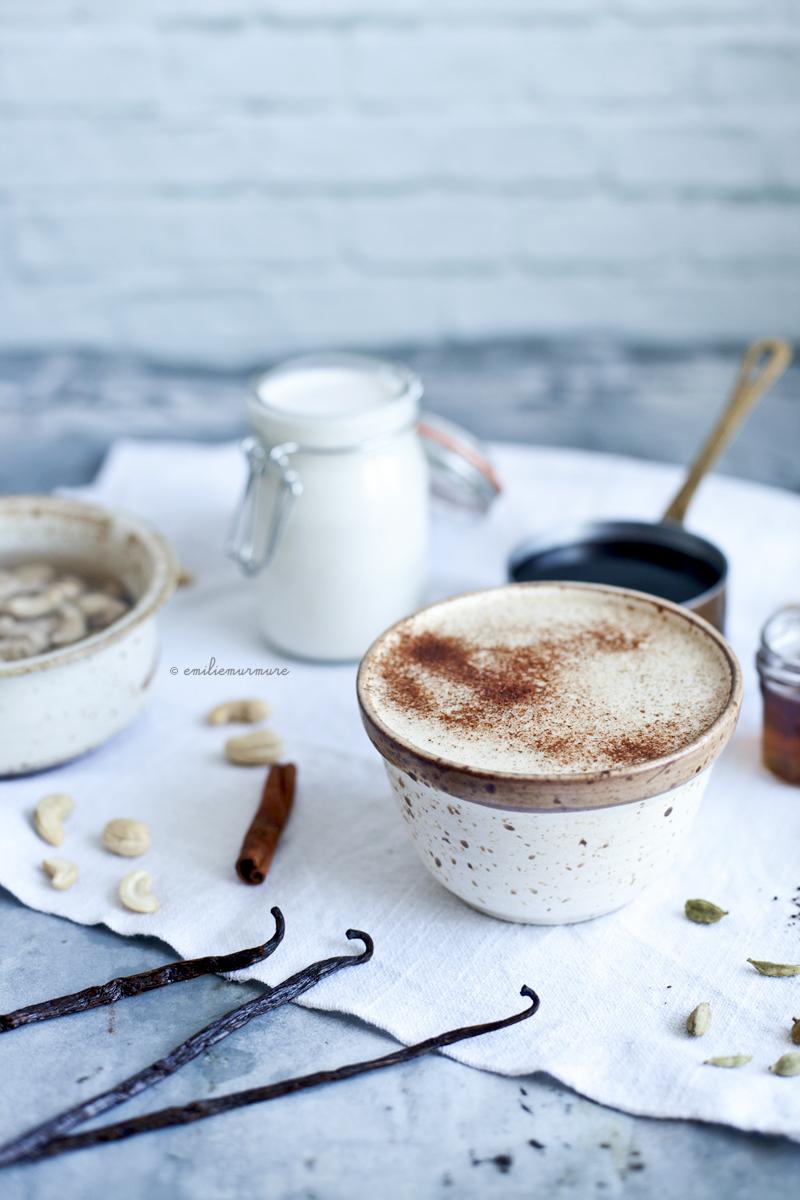 Chaga au lait de cajou, cardamome & vanille_Emiliemurmure