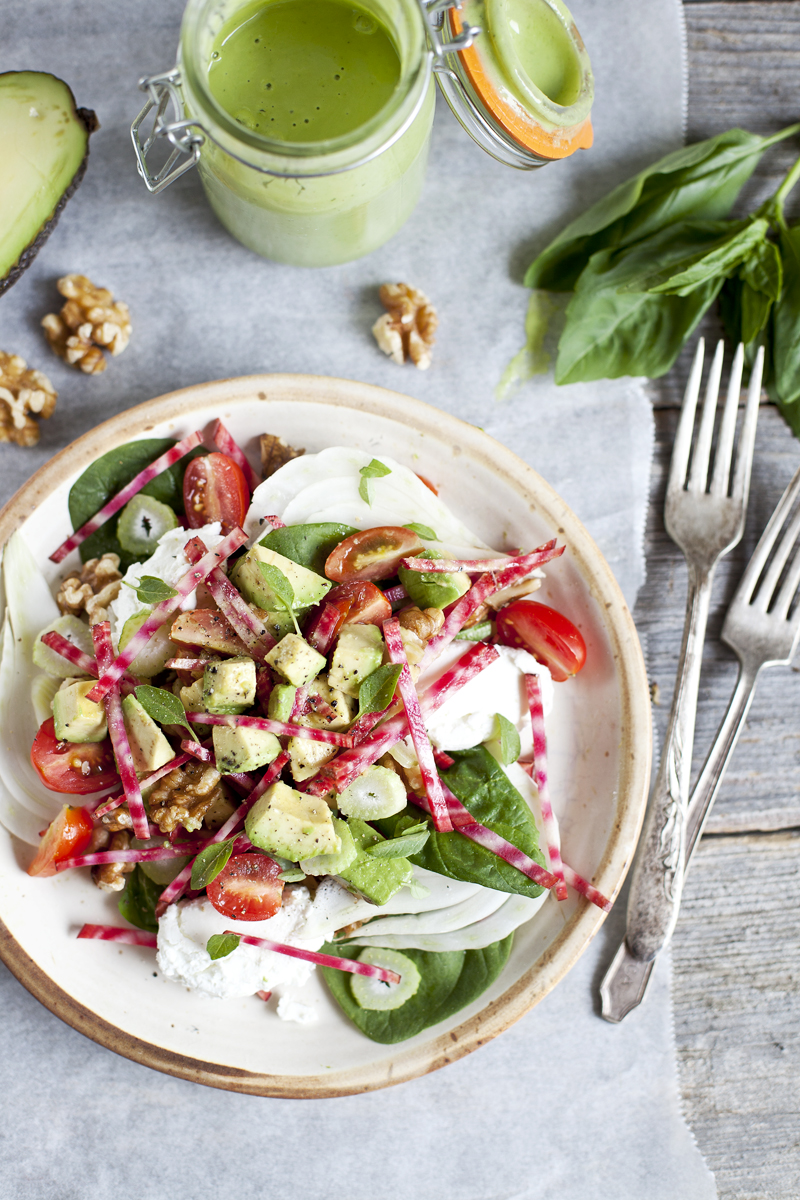 Avocado salad, beet & goat cheese_Emiliemurmure