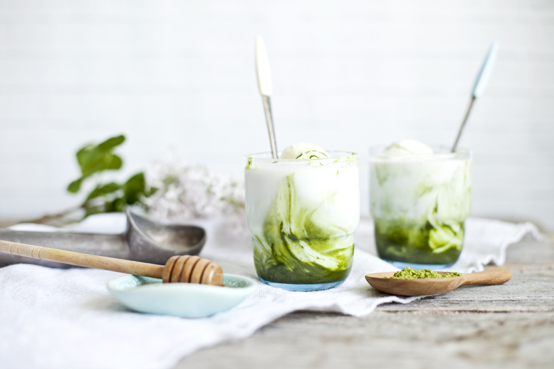 Ice matcha kefir & honey_1_Emiliemurmure