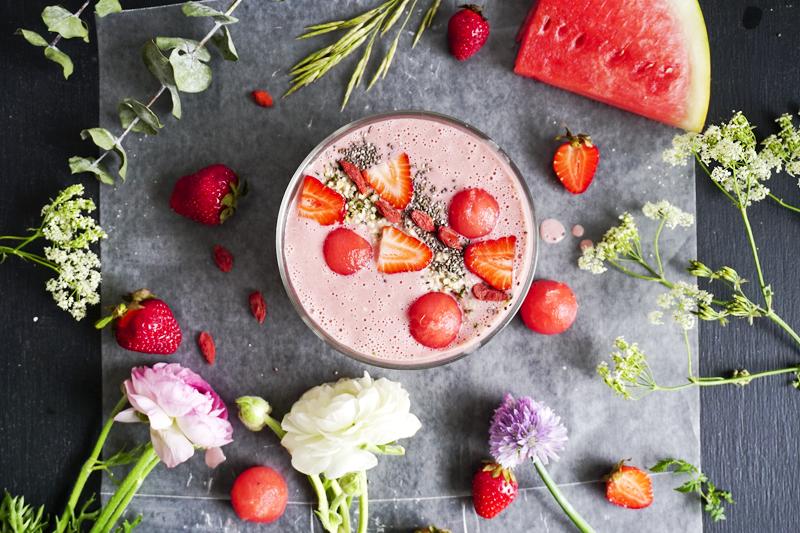 Smoothie pasteque et fraises_Emiliemurmure