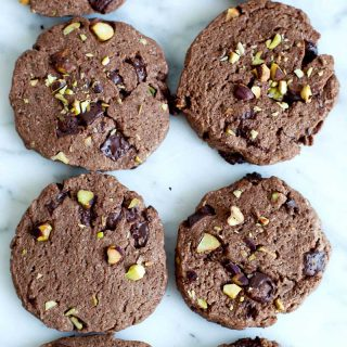 Biscuits tout chocolat aux pistaches