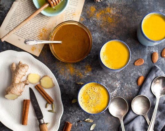 Lait d'or aux épices : curcuma, cannelle et cardamome